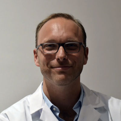 Dr. Laurent Vandenbussche